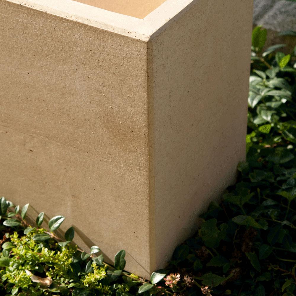 Pflanztrog Sichtbeton, Farbton Sandstein